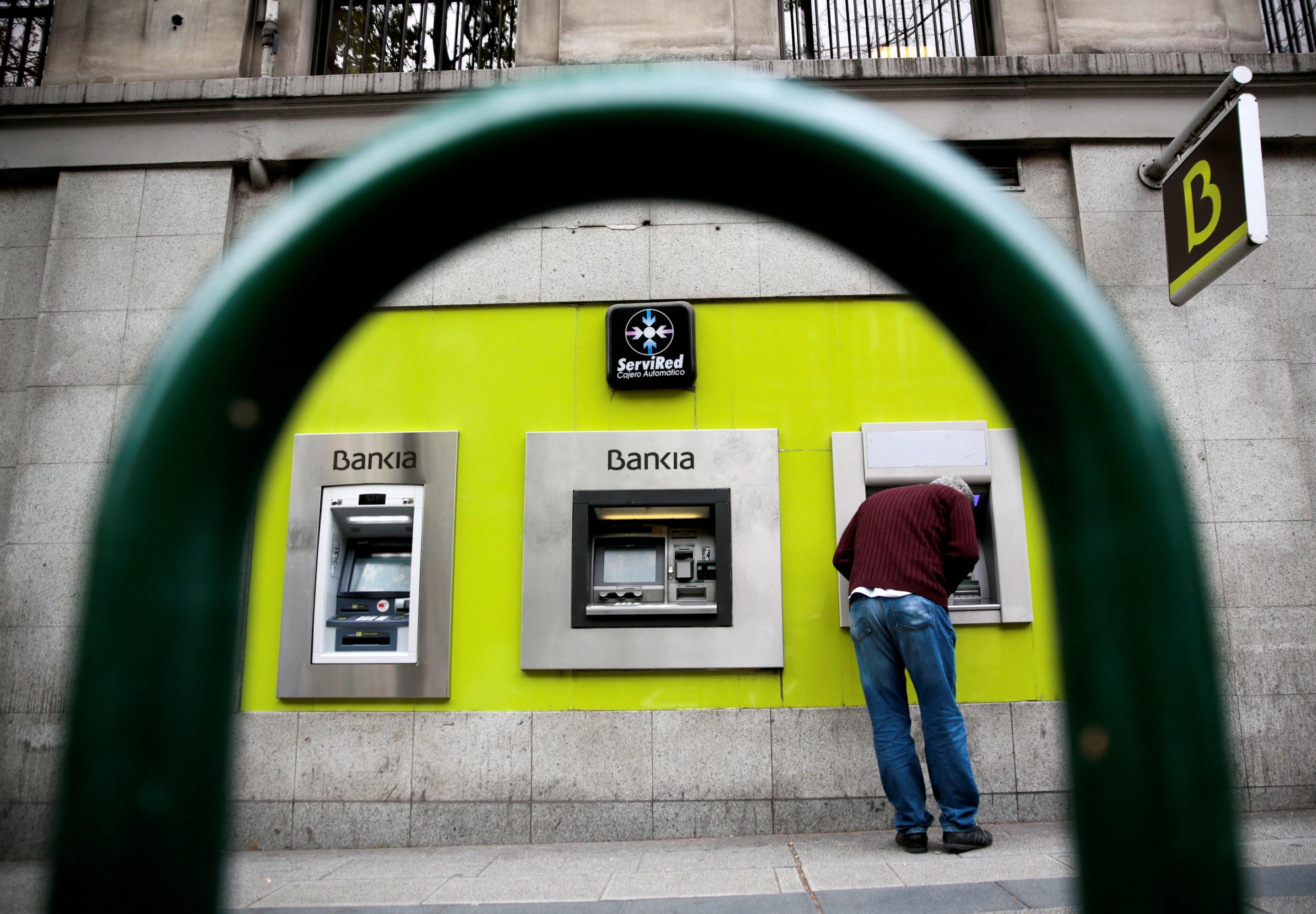 Bankia se adelanta y pone en marcha un proceso expr s para for Reclamar importe clausula suelo