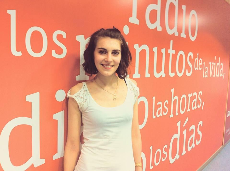 2ac83c4e4d5fa Gata Cattana en una entrevista para el programa Coordenadas de Radio.