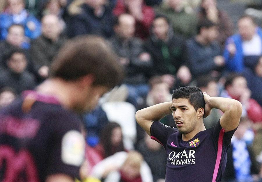 El Deportivo apaga la euforia del Barcelona