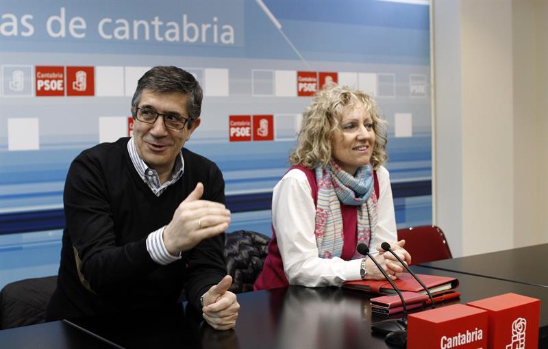 Patxi López en un acto hoy en Cantabria / EFE