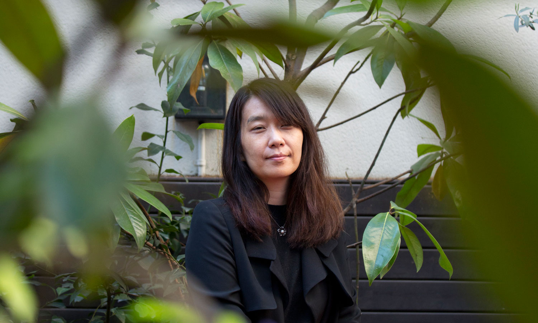 Entrevista con Han Kang: La mujer que quiso ser árbol | Público