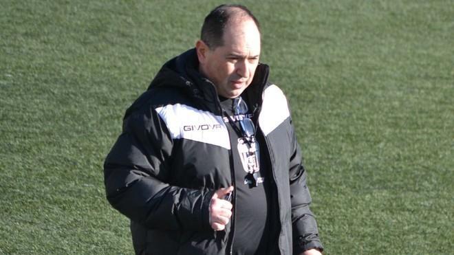 Detenido el entrenador del Eldense por el amaño del 12-0 contra el Barça B