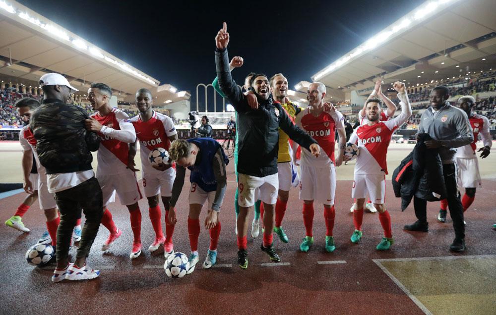 Mbappé y Falcao estiran el sueño del Mónaco en la Champions