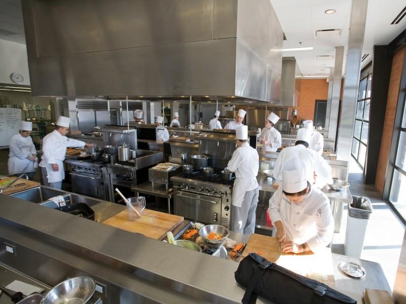 thi công bếp công nghiệp