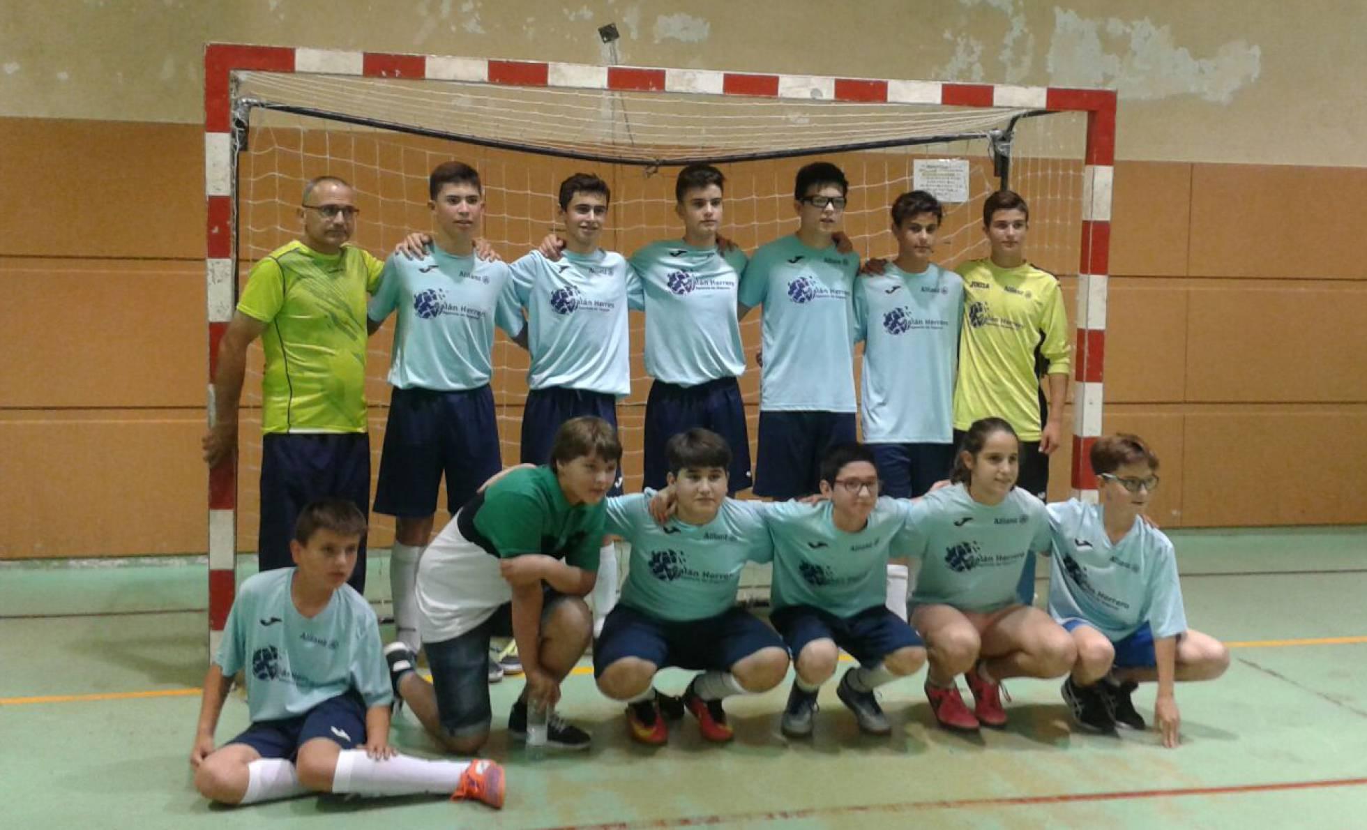 d6fa07a00c5db La Dirección Federal de Deportes de la Junta de Castilla y León impide a una  niña jugar la final de un torneo regional de fútbol infantil