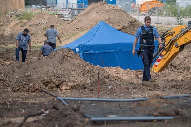 Resultado de imagen para frankfurt bomba