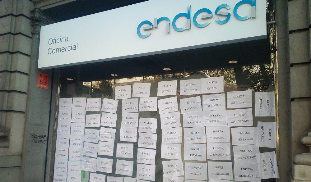 L 39 estat deixar desat s el 43 de la poblaci en risc de for Endesa oficinas barcelona