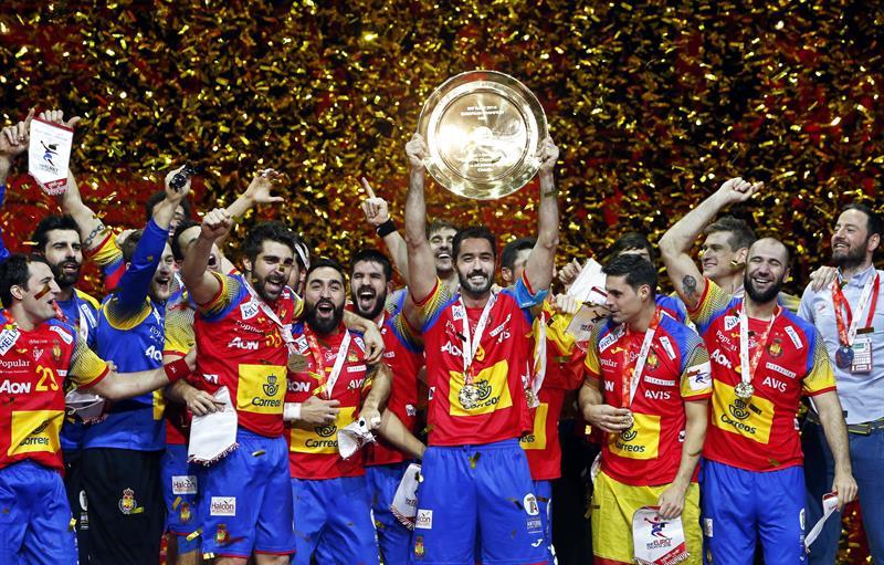 Hispanos España Se Proclama Campeona De Europa De Balonmano Por Primera Vez Público