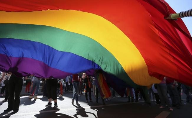 En Mundo HomosexualBermudasEl Matrimonio Primer Territorio Del b7gyvYf6