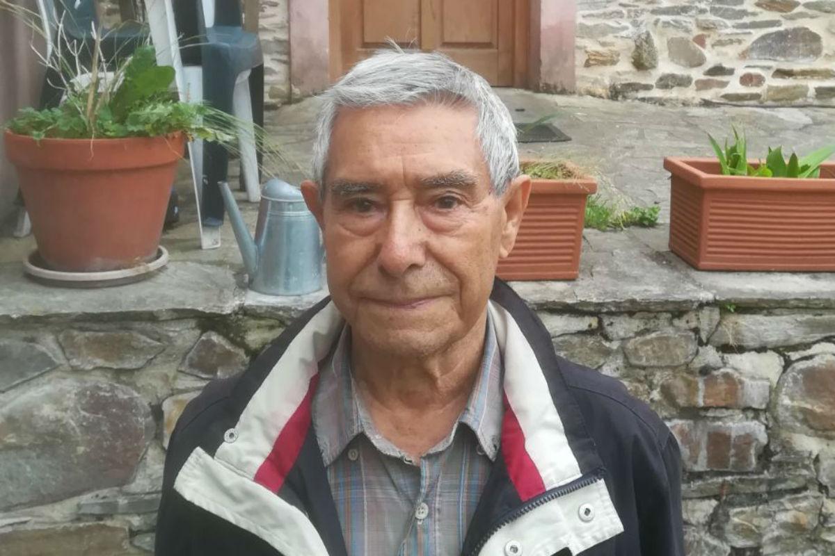 Francisco Martínez 'Quico', en Galicia, antes del homenaje al guerrillero O Gardarríos. / X. L. FERNÁNDEZ