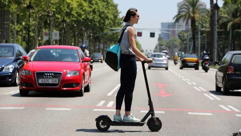 077bccc92783 Barcelona, pionera en la regulación de los patinetes eléctricos ...