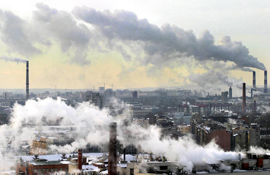 """Resultado de imagen para Científicos defienden un """"decrecimiento"""" económico para abordar la crisis climática"""