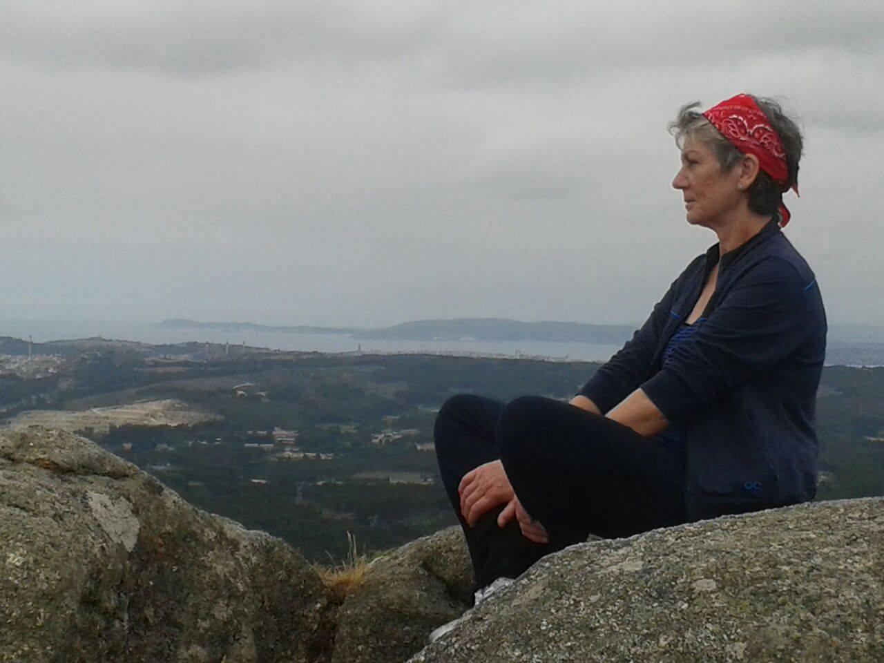 Mujer: Teresa, la poeta que se hizo mariscadora para poder