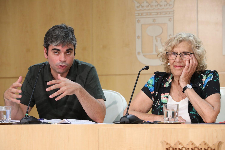El saldo de los cuatro años de Carmena en Madrid: un 54% menos de deuda y un superávit de 1.072 millones