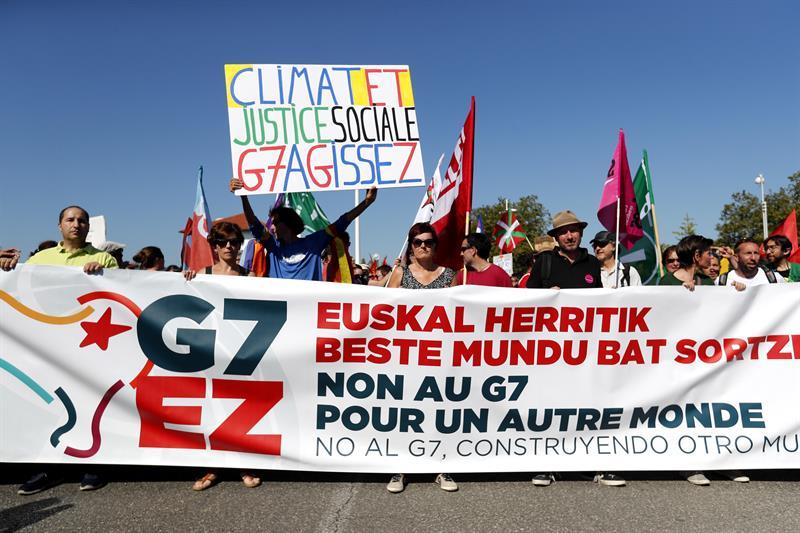 Resultado de imagen de manifestaciones contra el G 7
