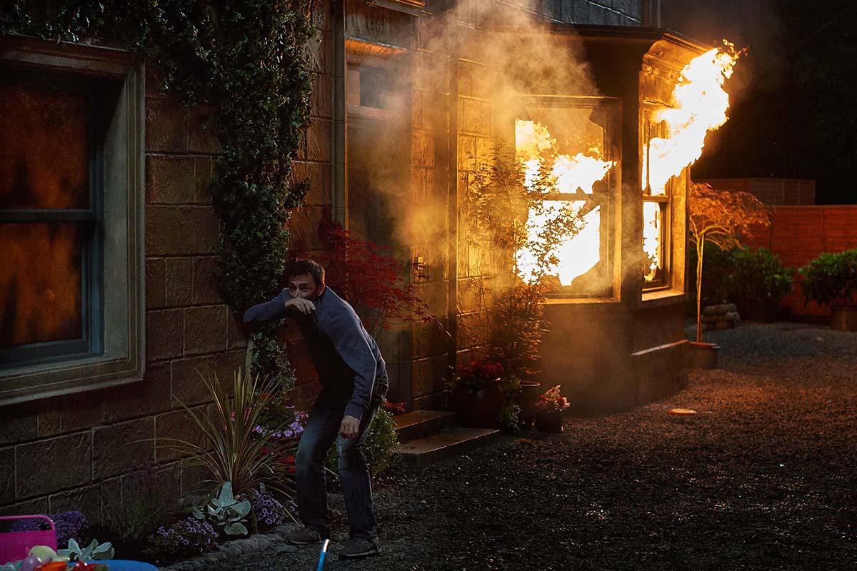 'El incendio', un thriller bien planteado y resuelto con mucho más que David Tennant a su favor
