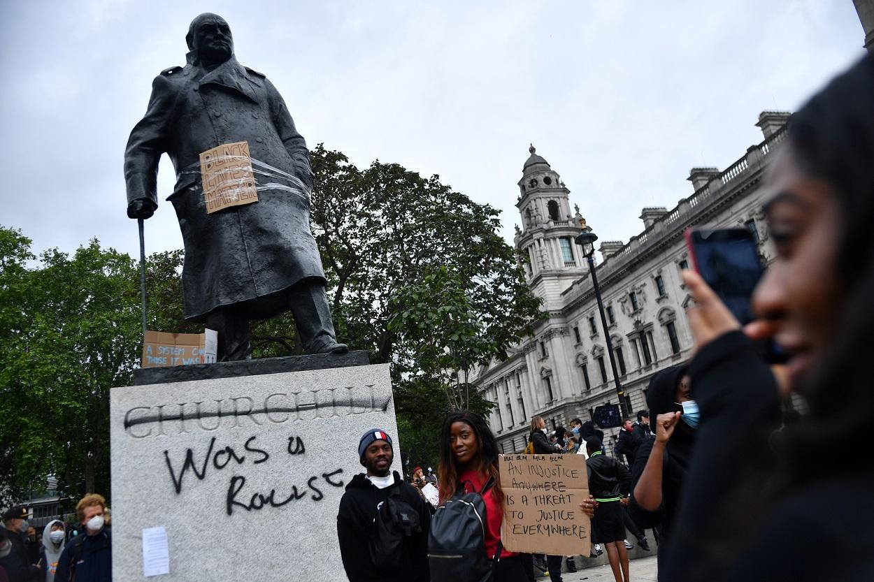 Gran Bretaña se encara a su pasado esclavista, imperial y racista ...