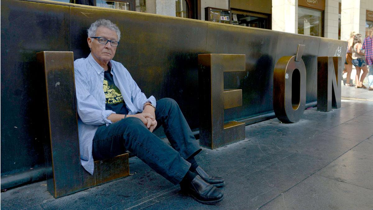 Muere el dibujante Fer, uno de los fundadores de la revista 'El Jueves'