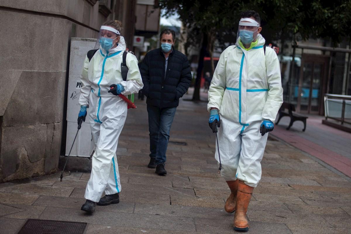 España frena ligeramente los muertos y los ingresos por covid-19 pero los contagios repuntan hasta los 40.285