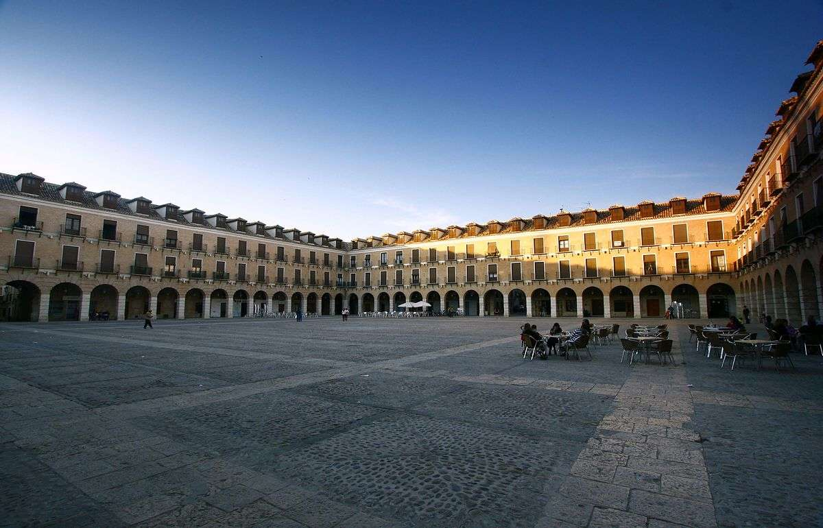 Plaza Mayor de Ocaña, foto de Gora100