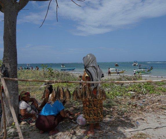 Vendedoras de pescado en la isla de Atauro, Timor Oriental