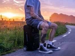 Cómo encontrar gangas de viajes de última hora