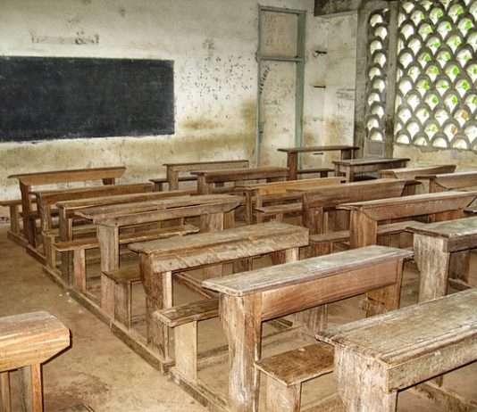 Escuela en Camerún