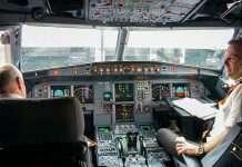 Qué hacen los pilotos durante un vuelo largo