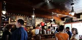 Trucos que usan los restaurantes para que gastes más