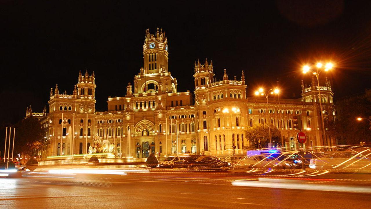 Ocho Edificios Emblemáticos En Madrid Que Han Sido
