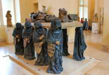 Tumba de Philippe Pot en el Louvre