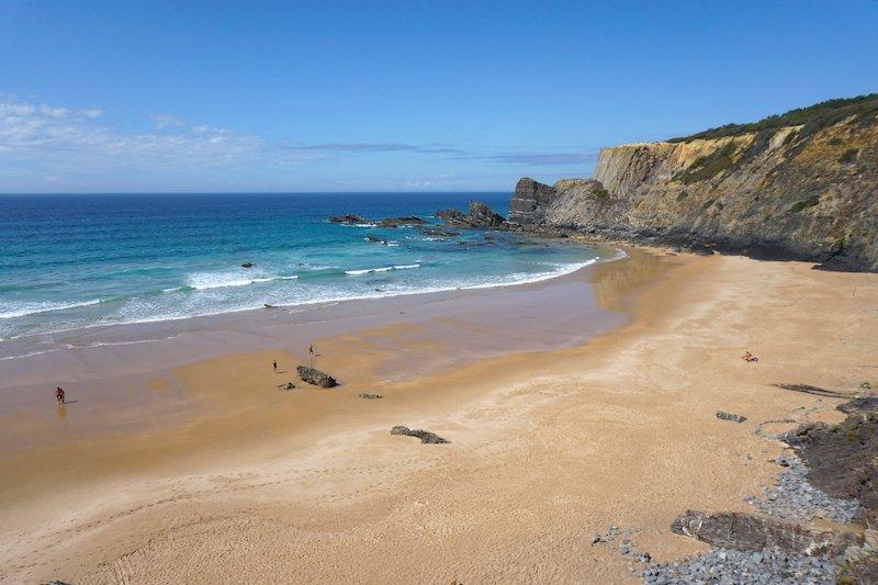 La increíble playa de Amália en la costa vicentina portuguesa