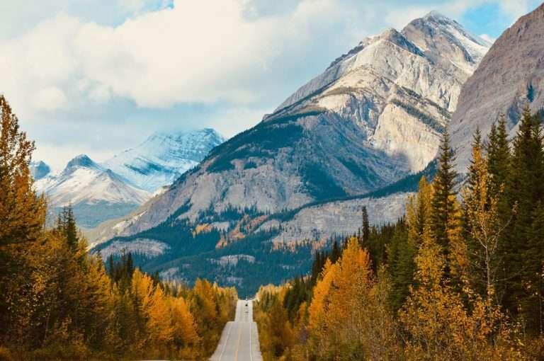 Descubre las Montañas Rocosas en Norteamérica
