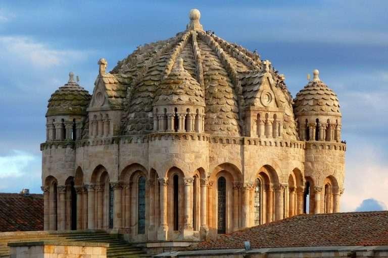 Cinco ciudades para disfrutar del románico español