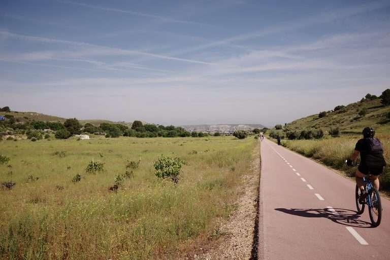 3 Vías Verdes para disfrutar en bici en Madrid