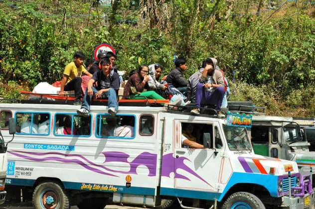 Jeepney en Filipinas. Foto de Oscar Presilla